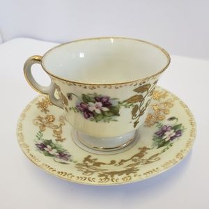 Royal Sealy Purple white gold floral Tea cup sauce